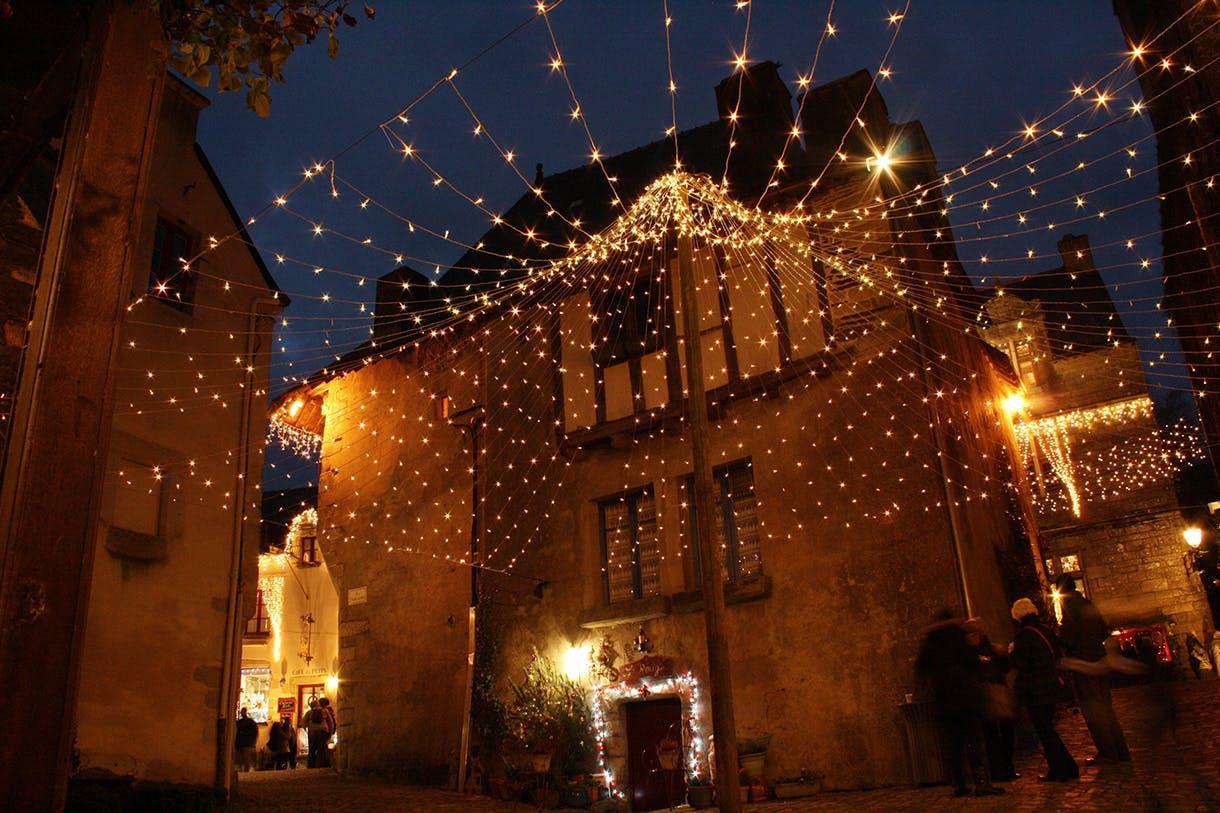 illuminations_rochefort-en-terre_-_decembre_2015_3.jpg