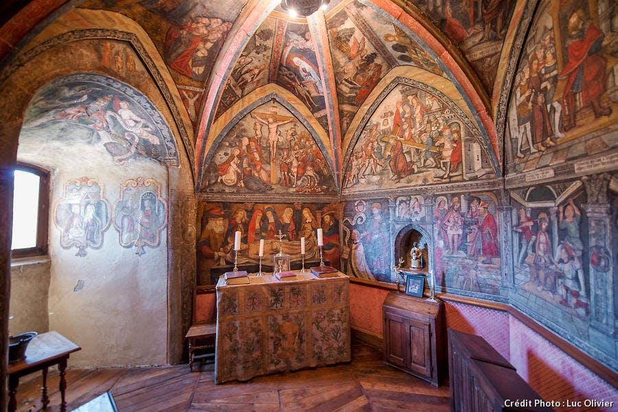 La chapelle du château d'Anjony, dans le Cantal