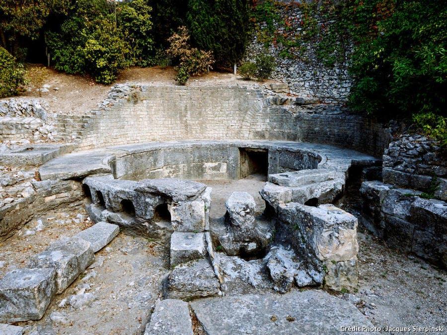 Le castellum de Nîmes