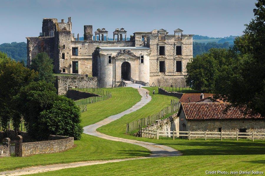 Le château de Bidache, Pays basque