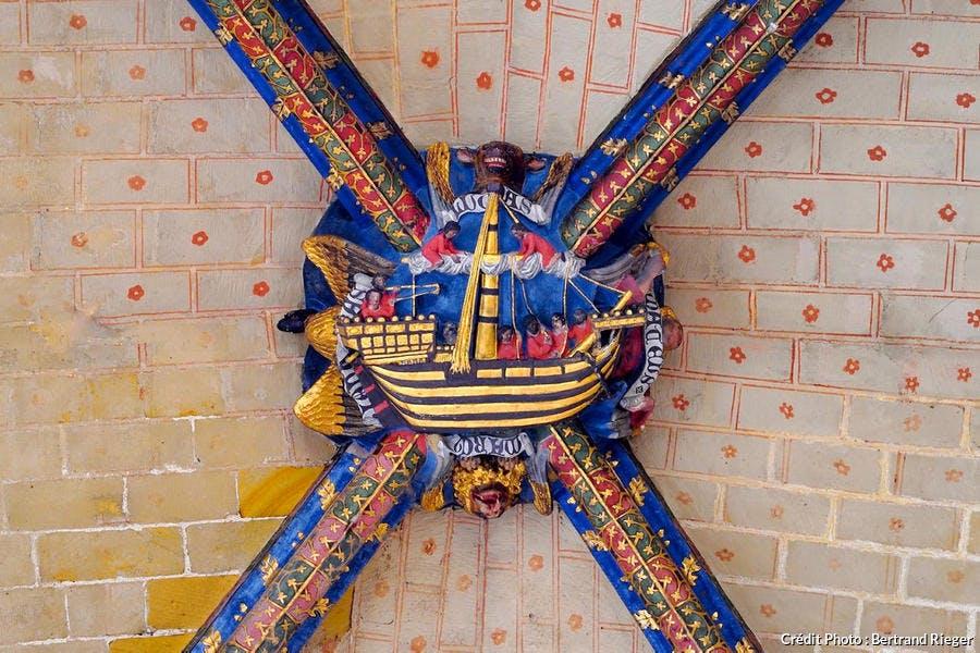 Clé de voute du transept de la cathédrale Sainte-Marie à Bayonne (Aquitaine)