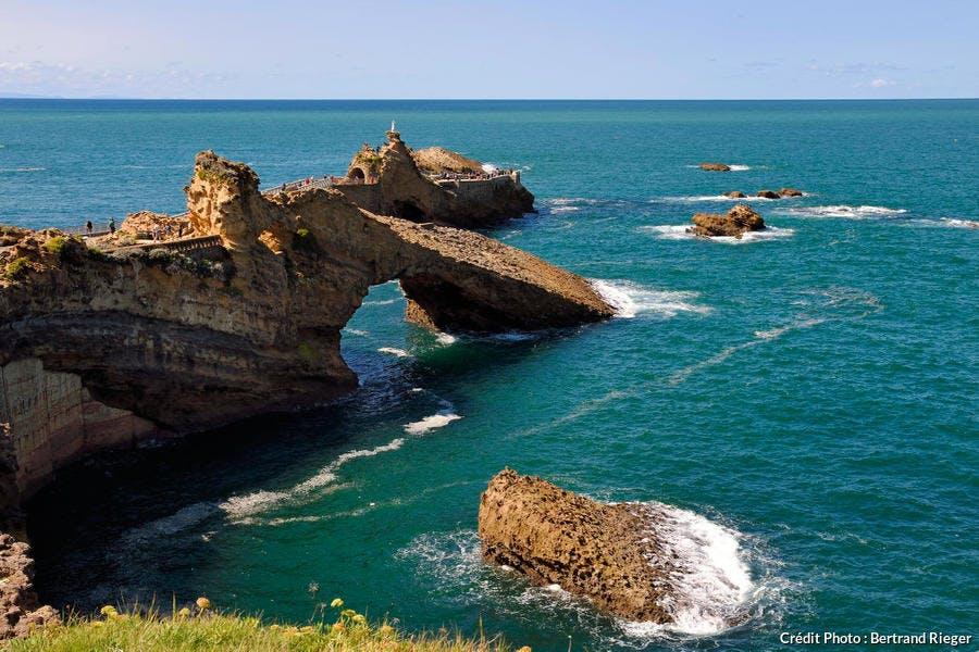 Le rocher de la Vierge, à Biarritz, au Pays Basque
