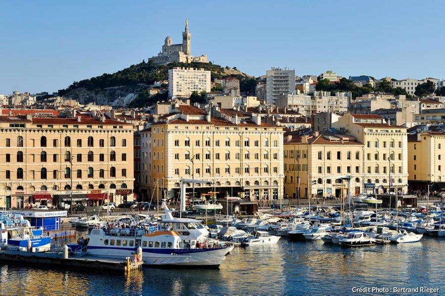 Le Vieux Port et Notre Dame de la Garde à Marseille