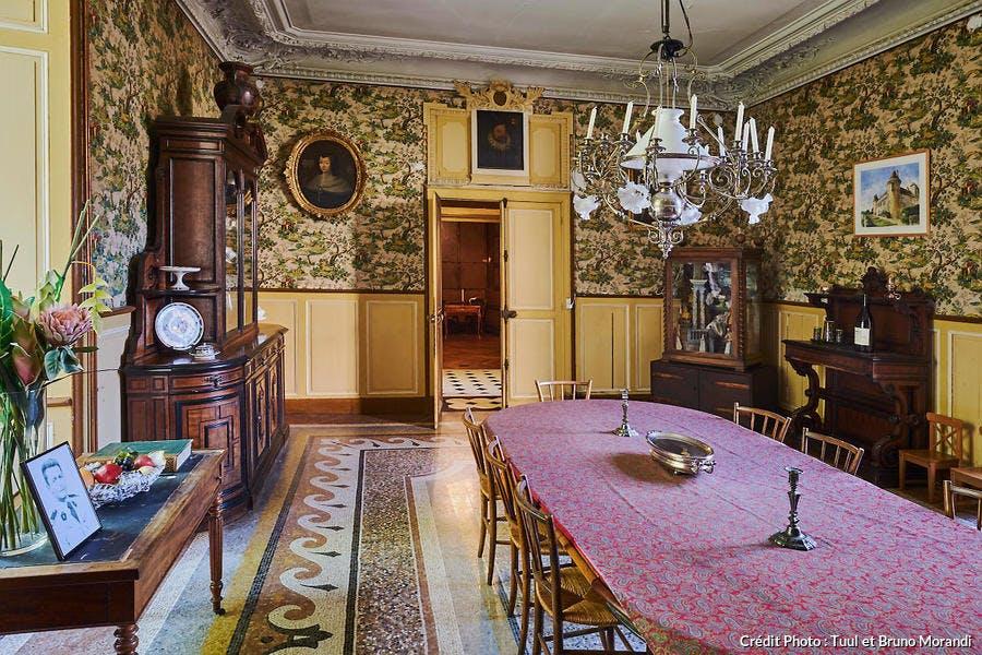 Salle à manger du château de Rully