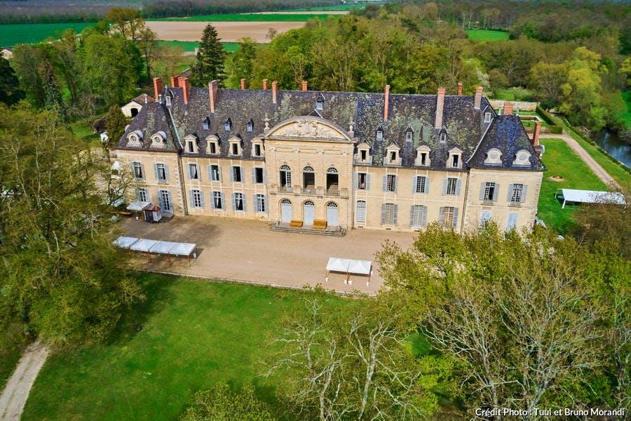 Le château de l'abbaye de La Ferté