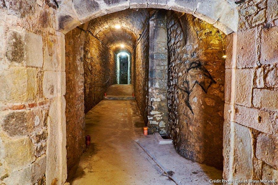 Souterrains du château de Couches