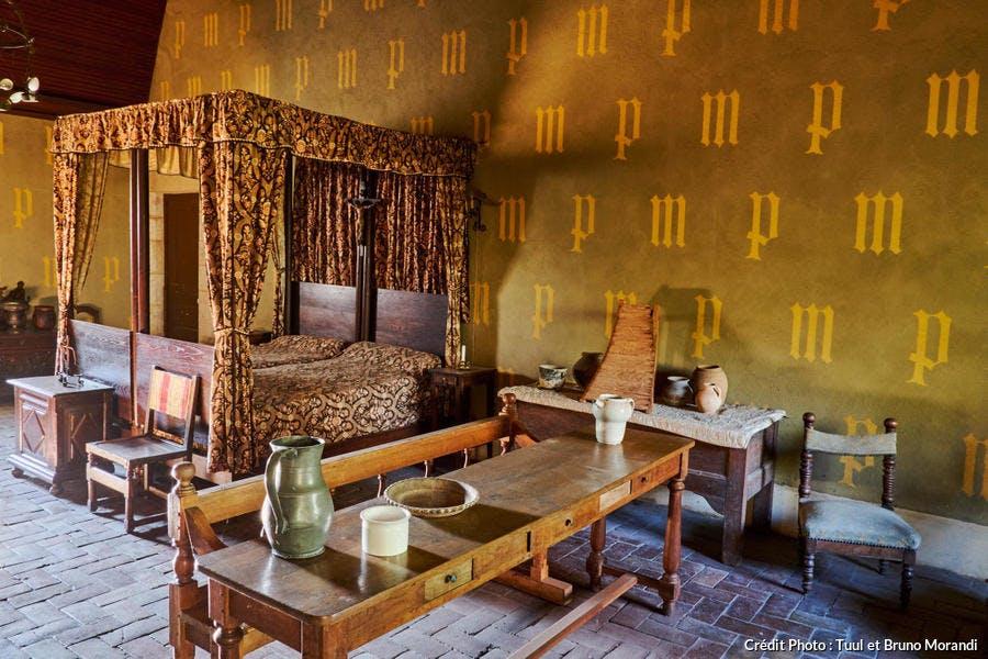 Chambre du château de Germolles