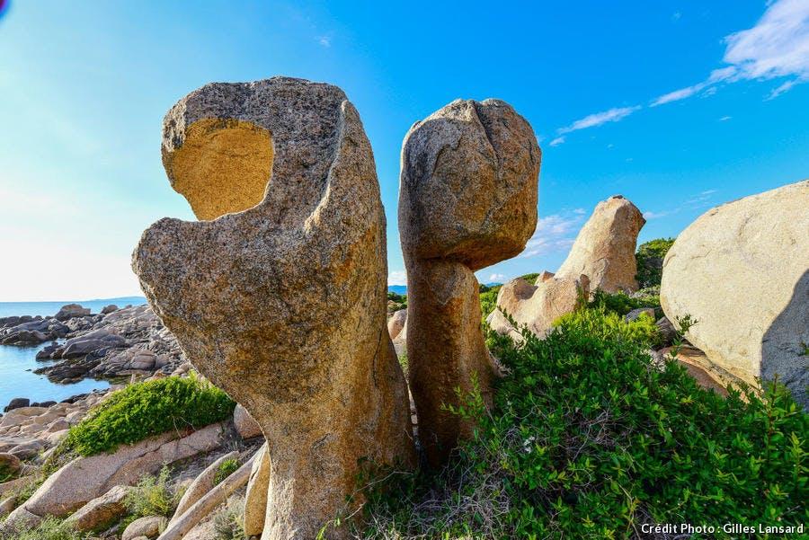 Dans la réserve de Senetosa, des rochers de granite sculptés