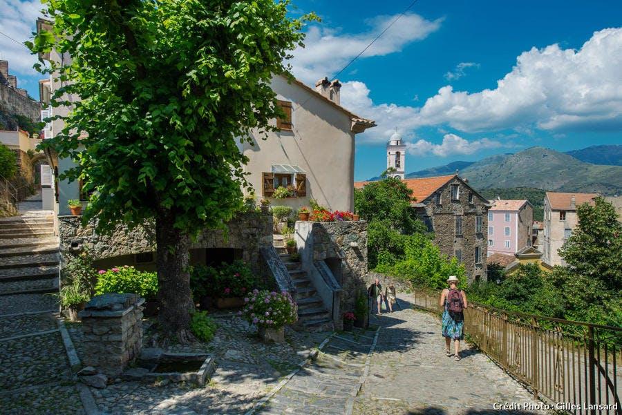 Ruelle dans Corte en Corse