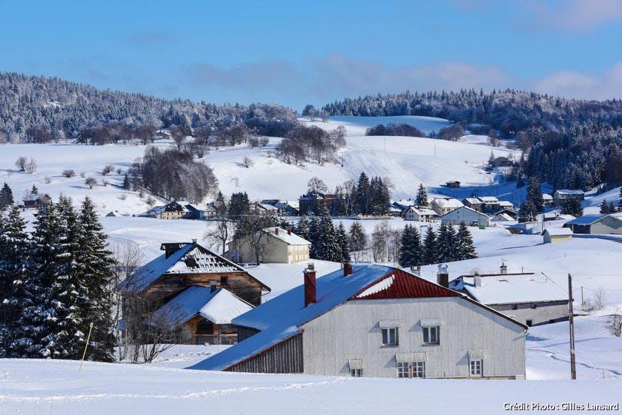 Les alentours de Lajoux et les hautes combes l'hiver, Jura