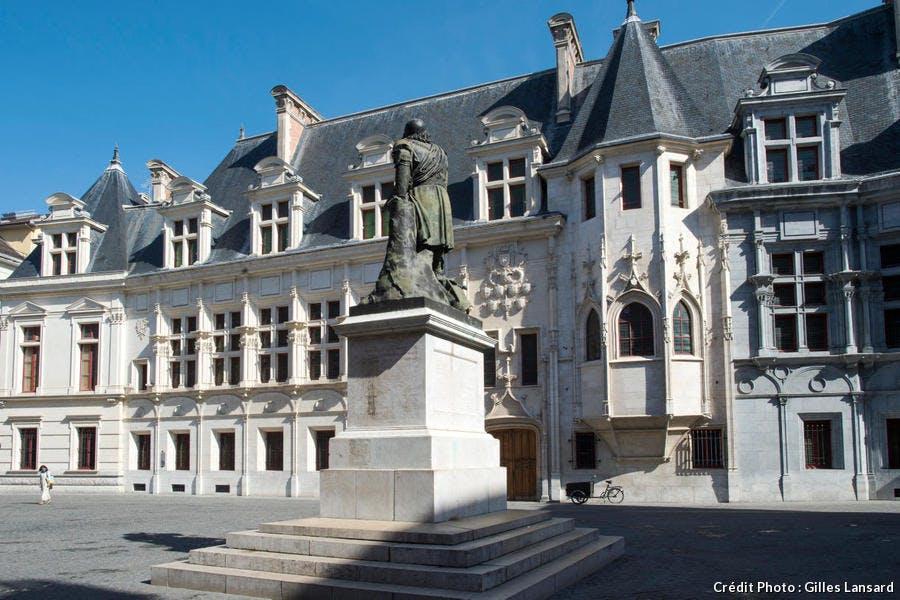 Place St-André, ancien palais de justice, Grenoble