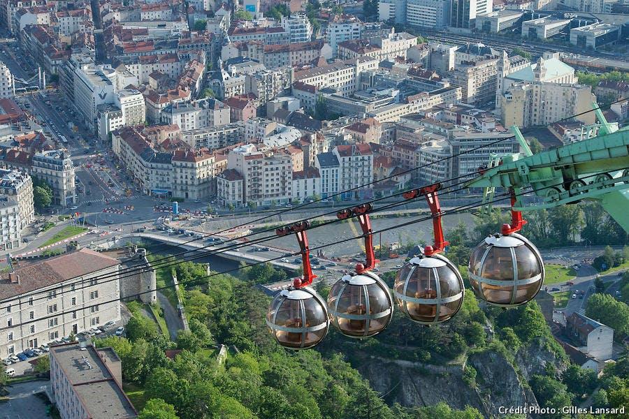 Le téléphérique de Grenoble-Bastille