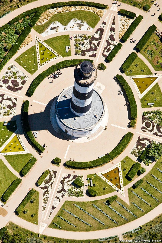 Le phare de Chassiron sur l'île d'Oléron, en Charente-Maritime (Poitou-Charentes)
