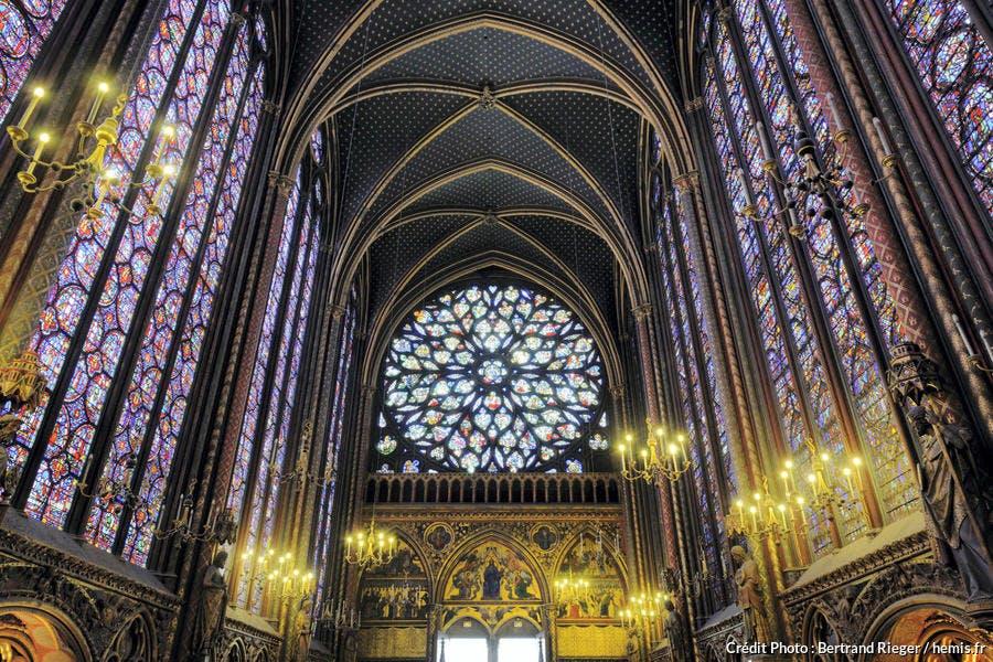 Les vitraux de la Sainte-Chapelle, à Paris