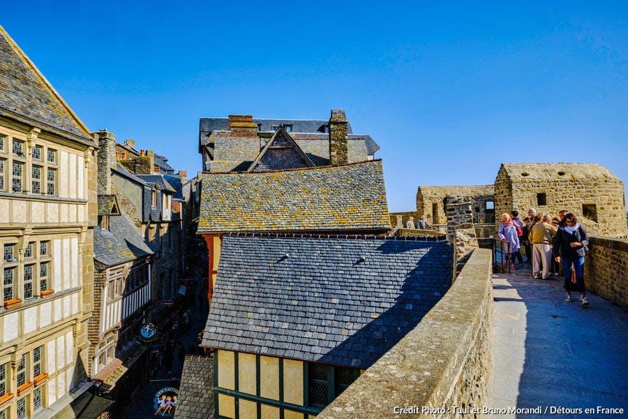 Mont-Saint-Michel, toits d'ardoise