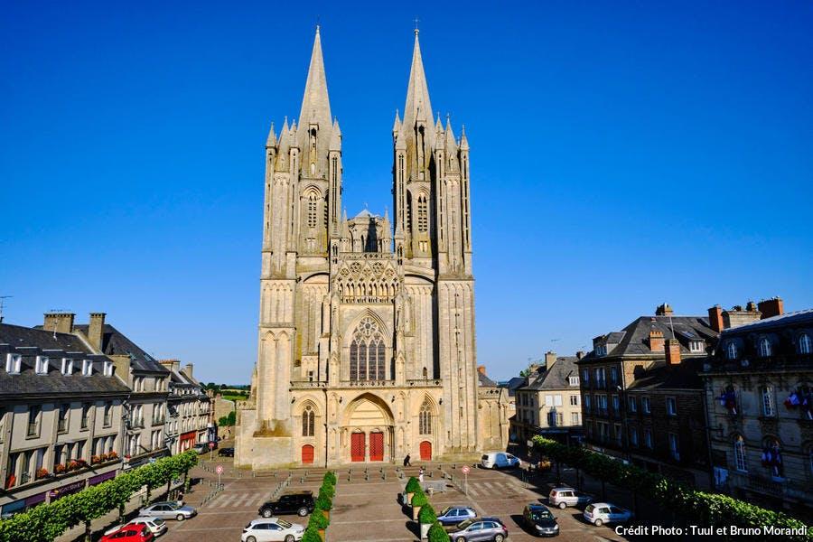 La cathédrale Notre-Dame de Couvances