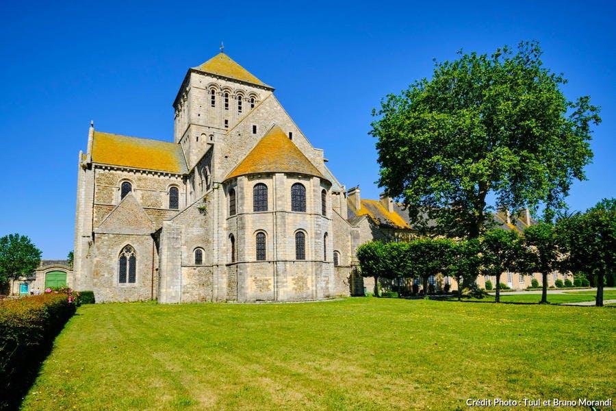 L'abbaye Sainte-Trinité de Lessay