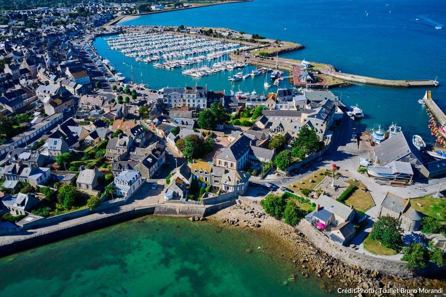 Saint-Vaast-la-Hougue, vue aérienne