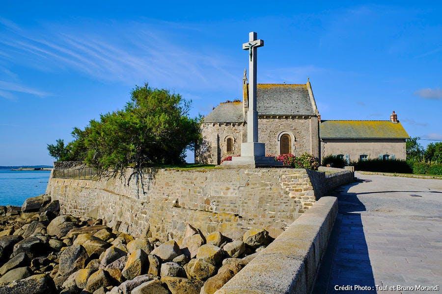 La chapelle des marins à Saint-Vaast-la-Hougue