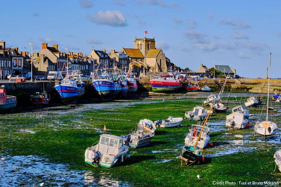 Le port d'échouage de Barfleur, Normandie