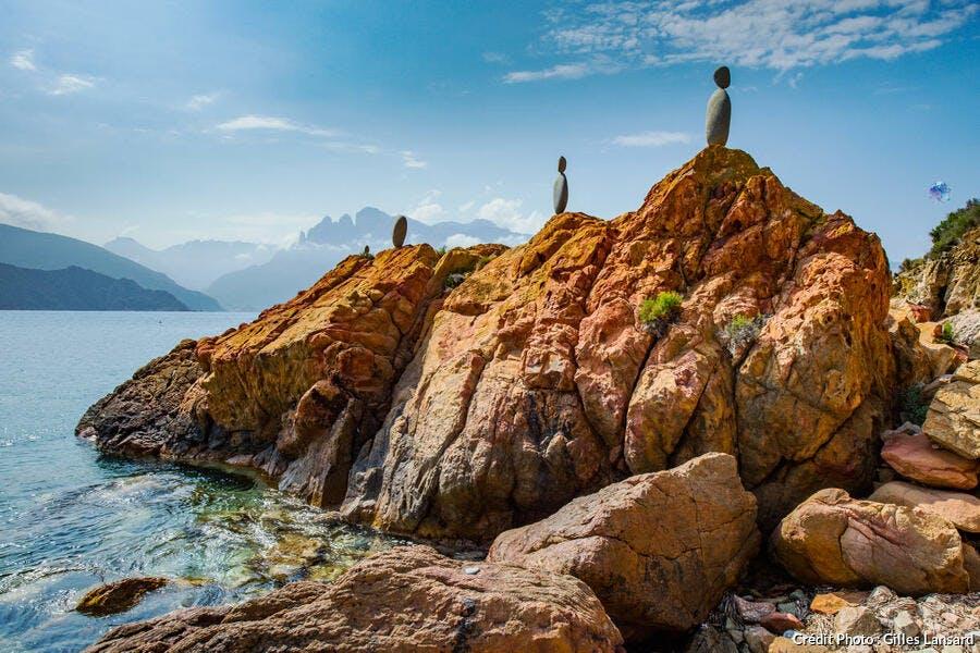 La baie de Gradelle, plage de galets