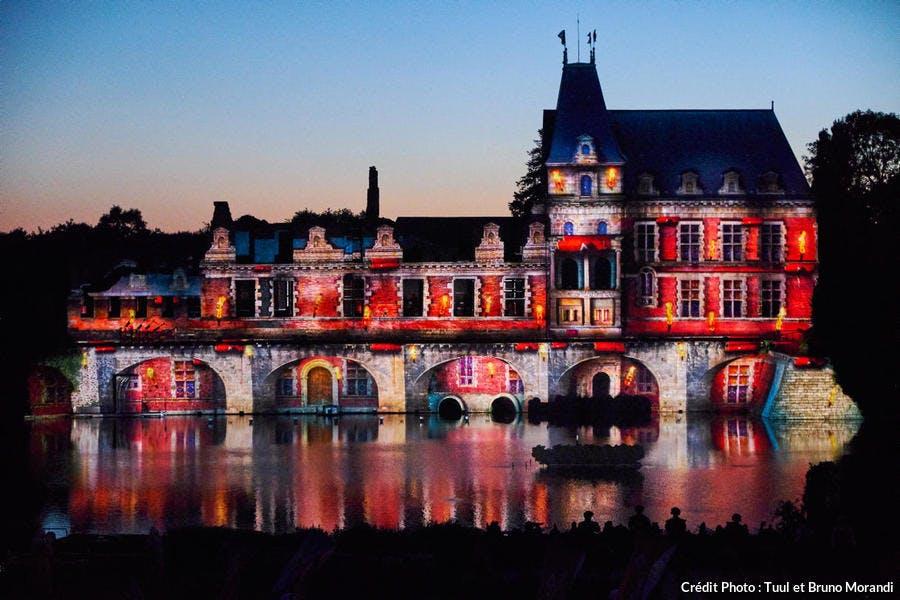 Parc du Puy du Fou, spectacle nocturne Cinéscénie (Vendée)