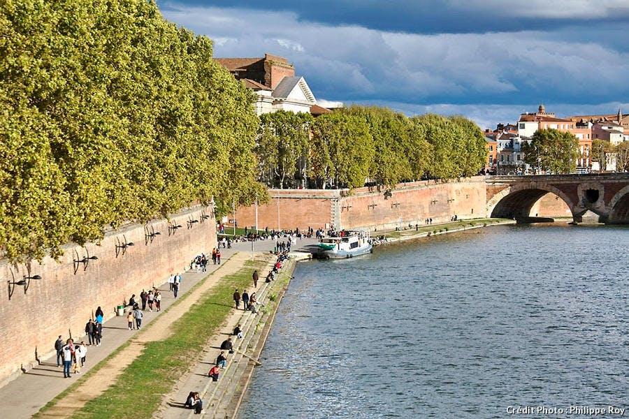La promenade Henri Martin des quais de la Garonne, à Toulouse