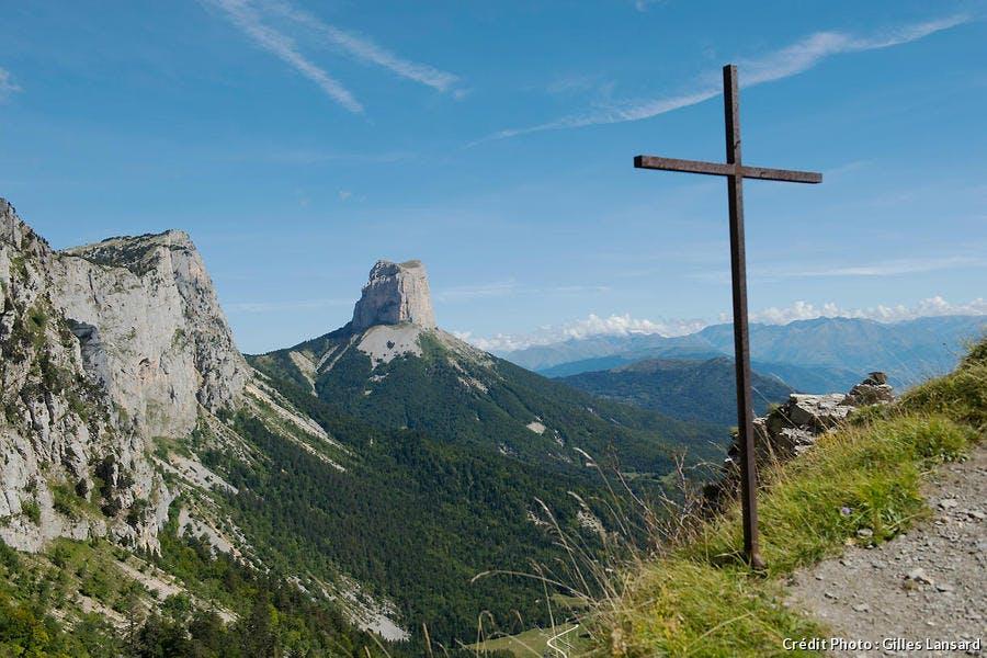 Le Mont Aiguille, dans le massif du Vercors