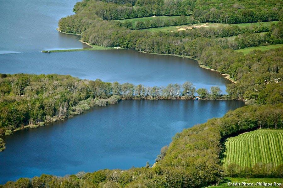 Le lac du Bourdon, en Bourgogne