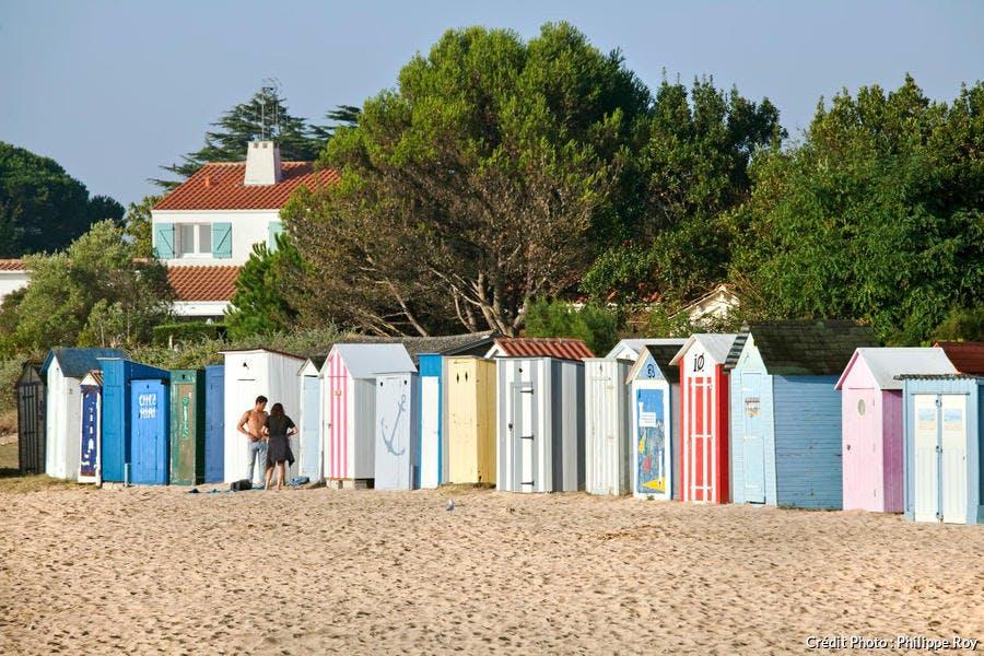 Cabines de la plage de la Boirie sur l'île d'Oléron, en Charente-Maritime (Poitou-Charentes)