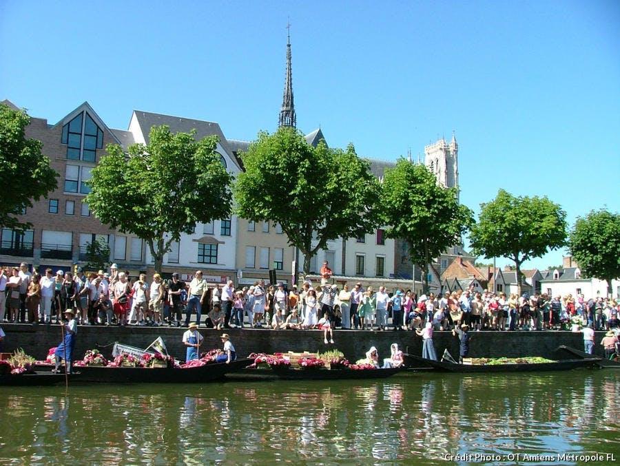 Marché sur l'eau à Amiens