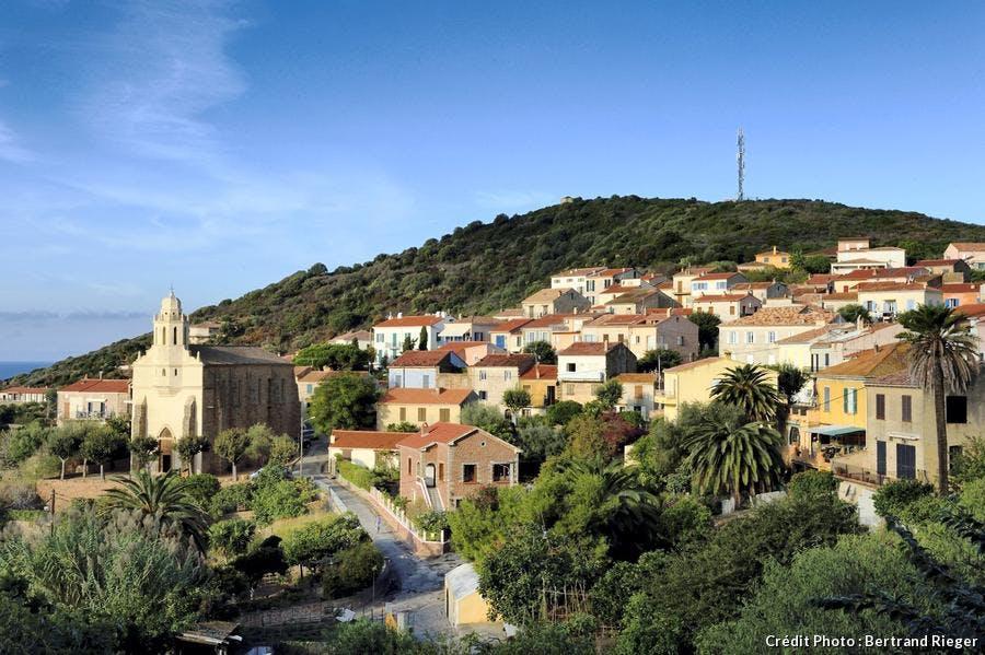 Le village de Cargèse en Corse