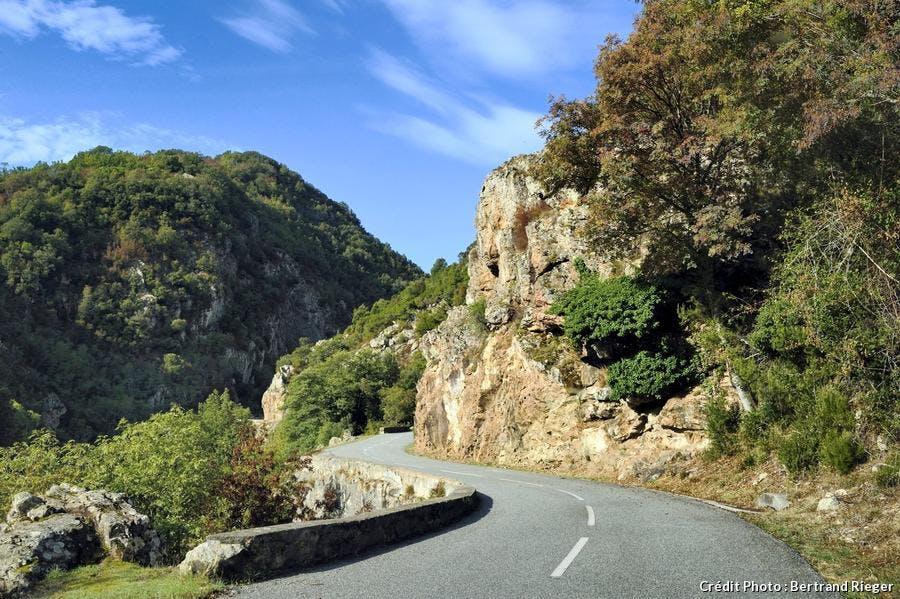 corse-vallee-du-prunelli-route-des-gorges-du-prunelli_br.jpg