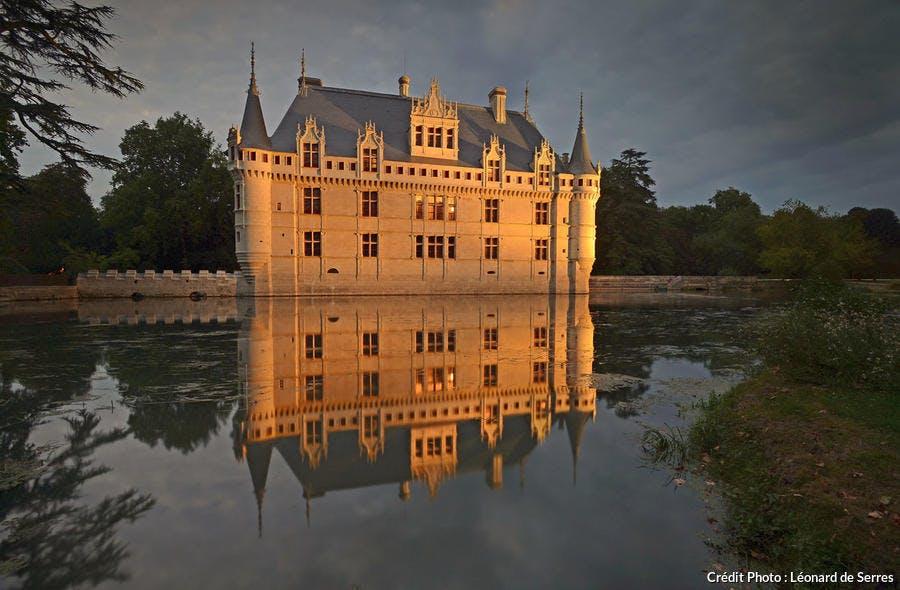 château d'Azay-le-Rideau de nuit