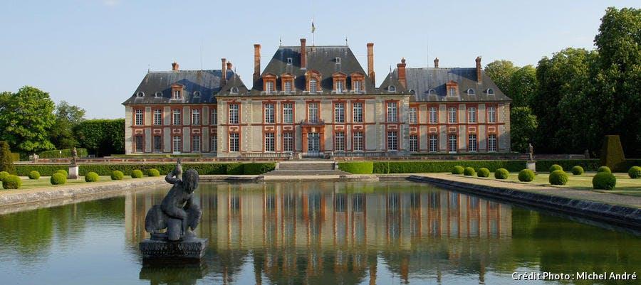 Le château de Breteuil, dans les Yvelines