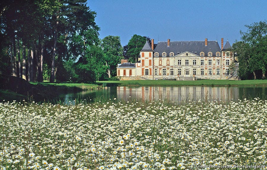 Le château de Courson