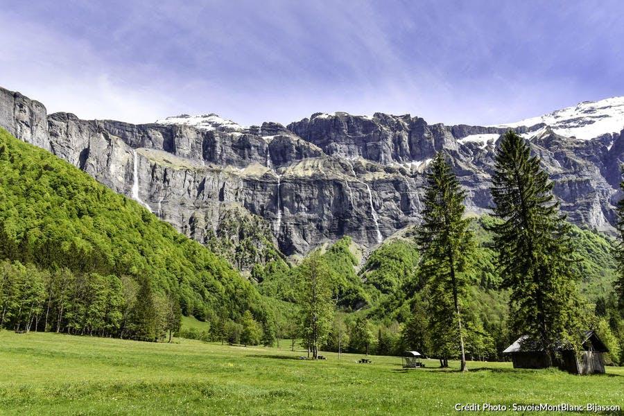 Les 30 cascades du cirque du Fer-à-Cheval, en Haute-Savoie