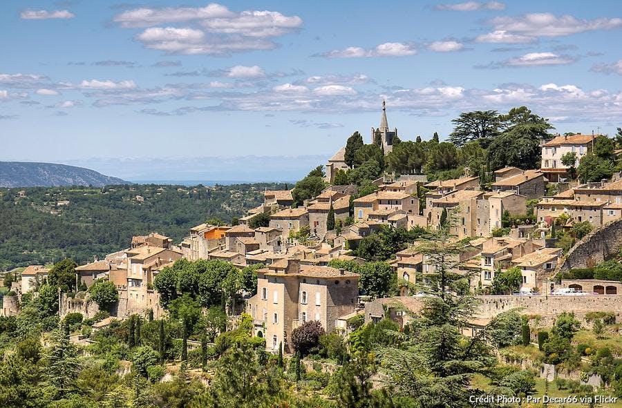 def-camp-luberon-bonnieux-village-perche-luberon.jpg