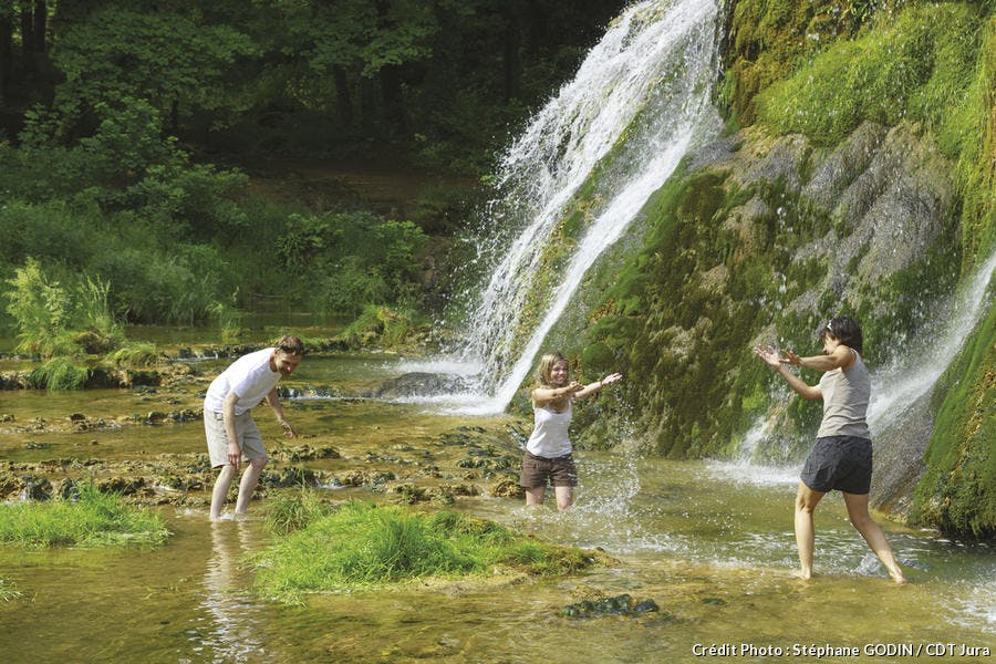 Cascades des Baume-les-Messieurs dans le Jura
