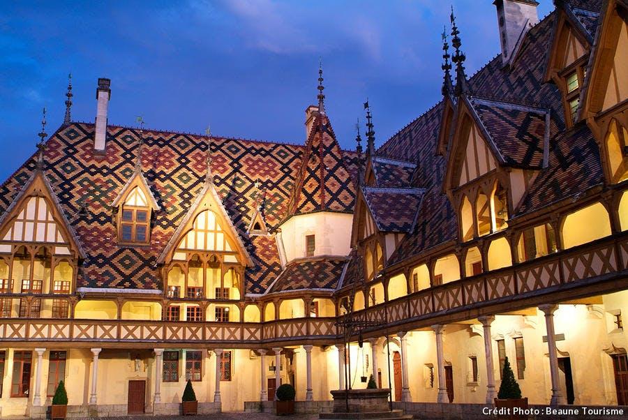 det-hotel-dieu-beaune-nuit_ot.jpg