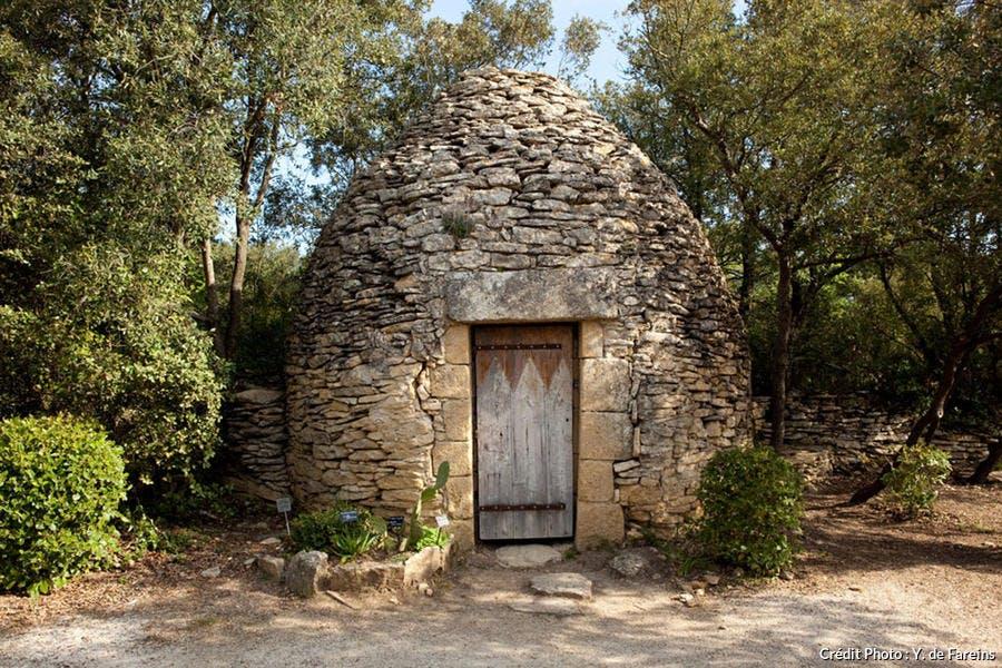 Une capitelle, cabane de pierres sèches