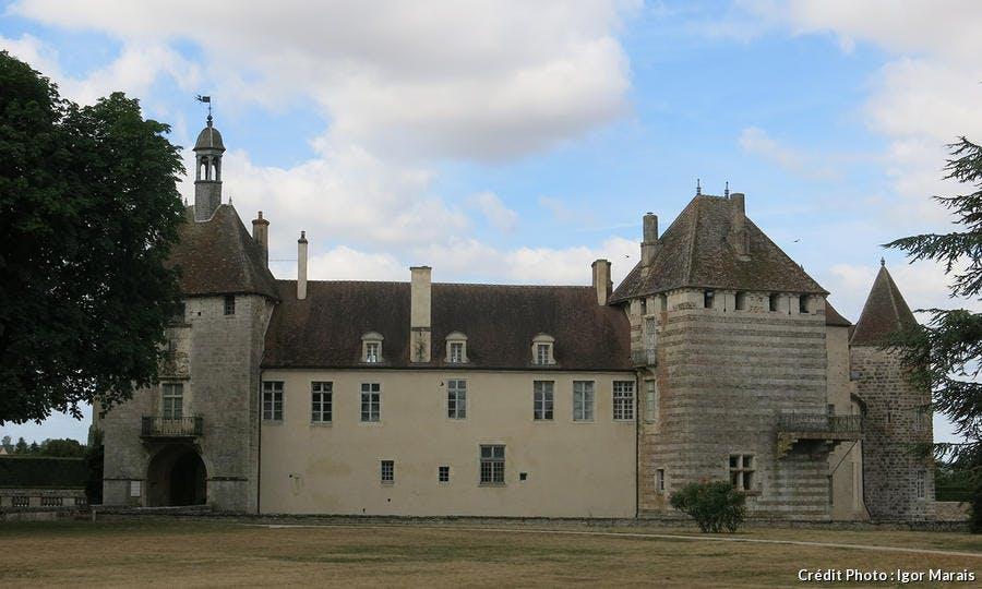 Epoisses château