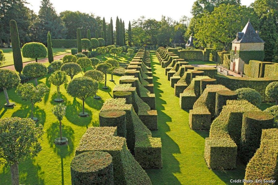 Les jardins d'Eyrignac, l'allée des Charmes