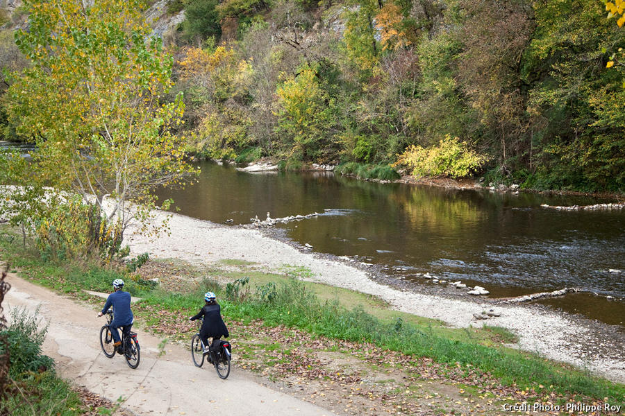 Vélo sur les bords de l'Aveyron