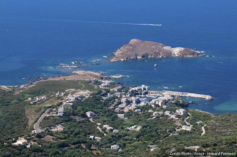 Panorama de Centuri en Corse