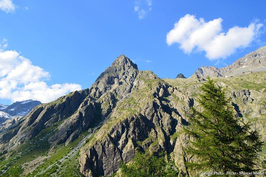 Massifs d'Ailefroide dans vallée de Vallouise