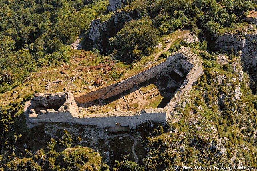 Château de Montségur vu du ciel
