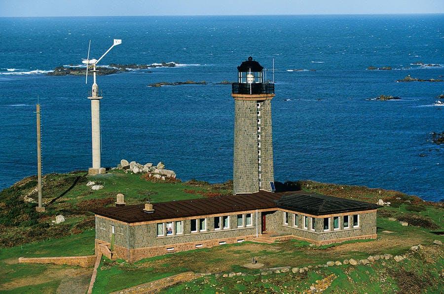 Le phare des Sept-Iles