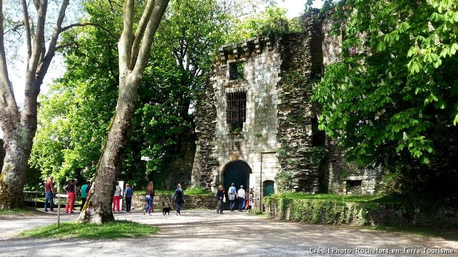 Ruines médiévales de Rochefort-en-Terre