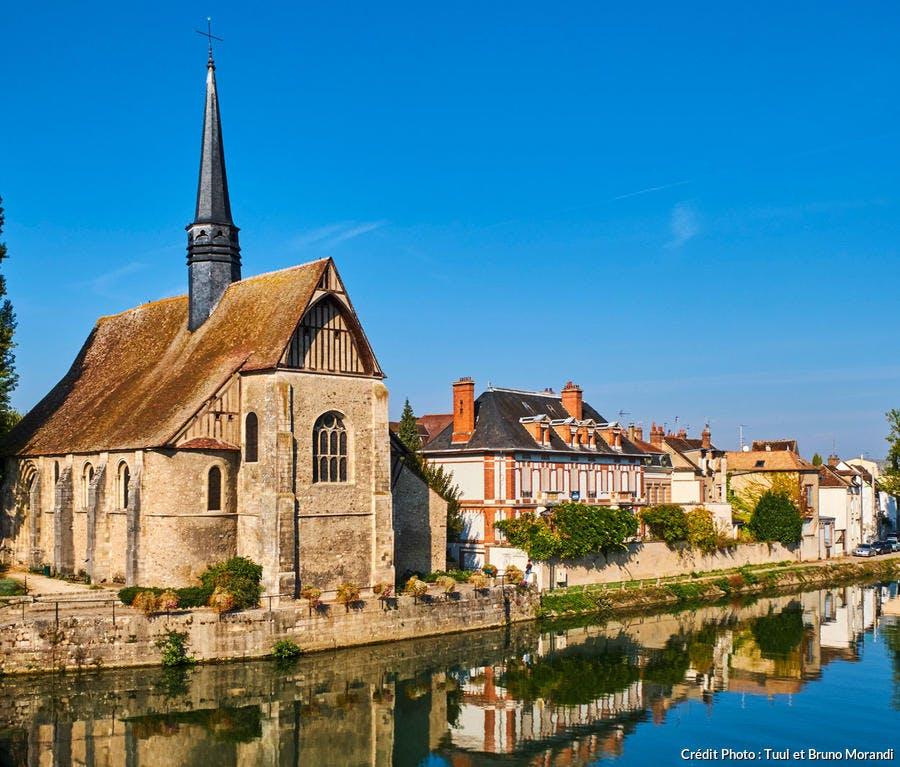 L'église Saint-Maurice à Sens